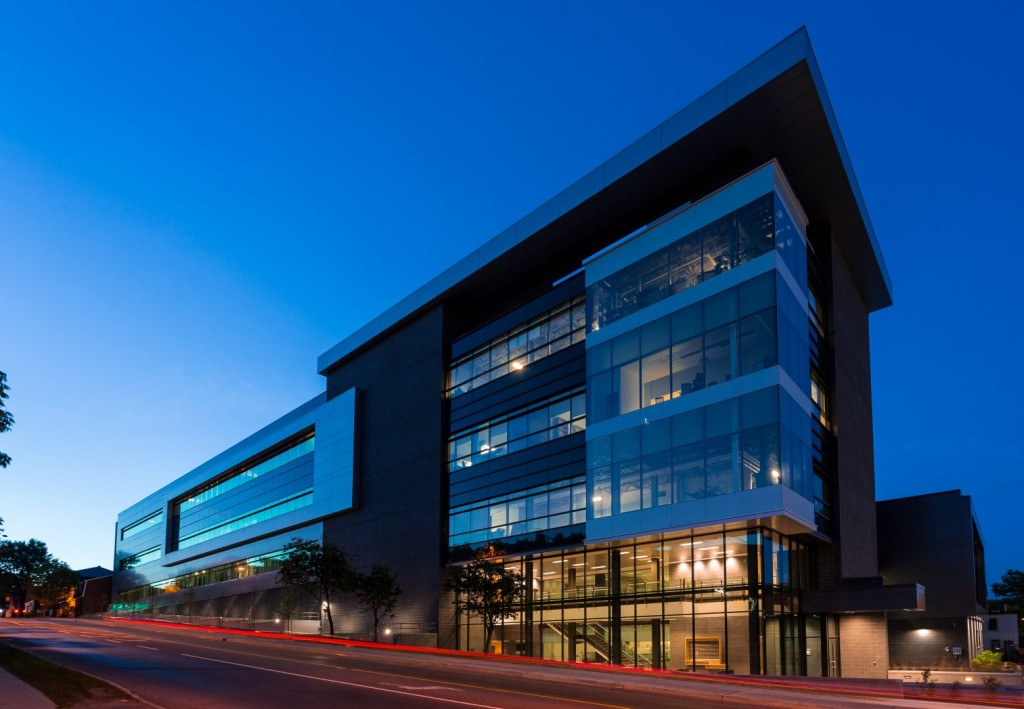 The Advanced Research Complex, home of our research group - Photo : Cole+Associates Architects Inc